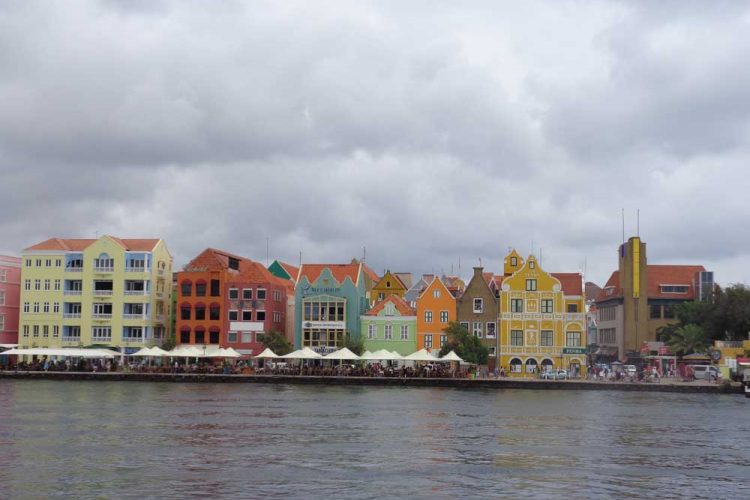 A Weekend Trip Guide To Curacao: Willemstad