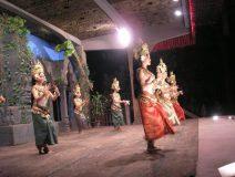 Cambodia-dancing-performance