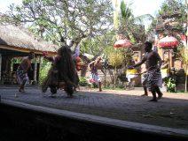 Bali-dancer-kris-wielding.