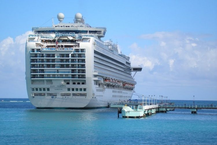 5 Reasons Why You Should Take A Cruise