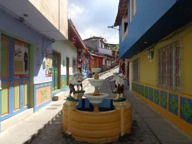 Guatapé, Colombia – A Great Day Trip To Take While In Medellin